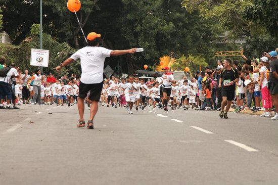 MSC Noticias - 208960_10150997012008232_1428754622_n Agencias Com y Pub Burson Marsteller Deportes Maratones Publicidad Tecnología