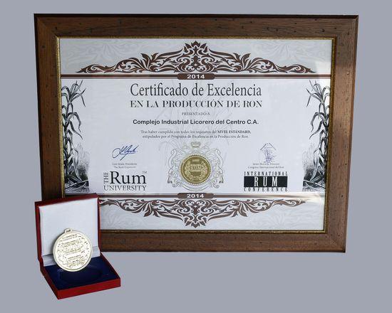 MSC Noticias - Premio-a-la-Excelencia-en-la-Producción-de-Ron-Complejo-Industrial-Licorero-del-Centro Agencias Com y Pub Licores y Bebidas MARCOM Negocios Publicidad