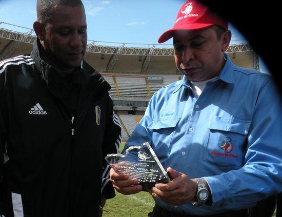 MSC Noticias - N19-1-FOTO-1 Agencias Com y Pub Deportes Futbol Publicidad
