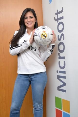 MSC Noticias - Karla-Aguilera-venezolana-una-de-las-ganadoras-de-El-Álbum-de-la-Afición-320x480 Agencias Com y Pub Deportes Futbol Publicidad Tecnología