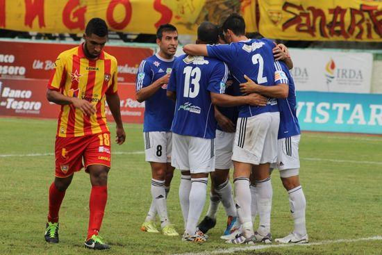 MSC Noticias - AraAv1-Celebración-gol-de-Daniel-Mustafá Agencias Com y Pub Deportes FC Atletico Venezuela Futbol Publicidad