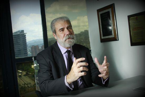 MSC Noticias - Elías-Aponte-Perfil-2. Agencias Com y Pub Negocios