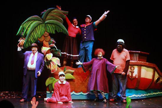 MSC Noticias - IMG_3425-copia Agencias Com y Pub Alamo Group Diversión Publicidad Teatro