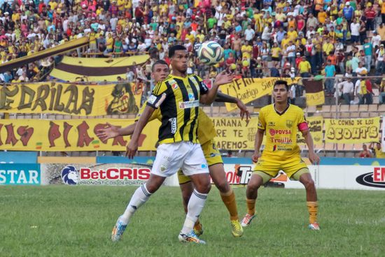 MSC Noticias - 1RA-T2014-2015-FINAL-IDA-TACHIRA-TRUJILLANOS-100515-00597 Agencias Com y Pub Deportes FC DT Tachira Futbol Publicidad