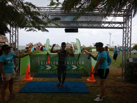 MSC Noticias - 20150524_090210 Agencias Com y Pub Deportes Maratones Publicidad
